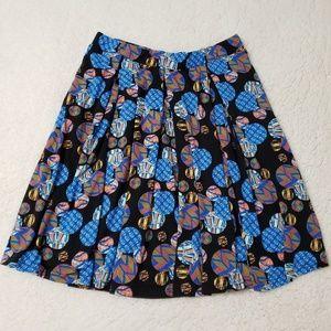 XL LuLaRoe Madison black skirt, circular pattern